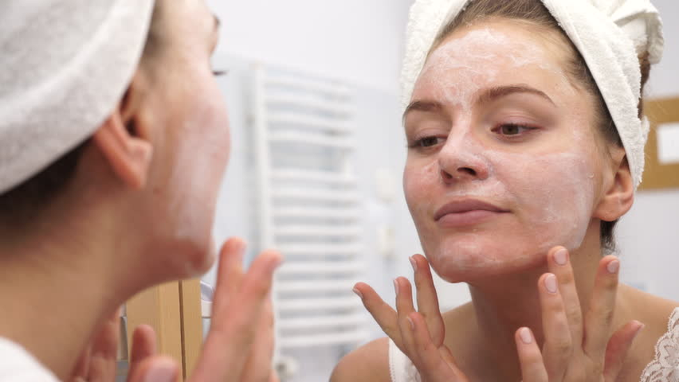 Bedtime Skin Care Routine for the New Year