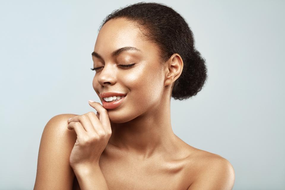 9 Genius Tips for Glowing Skin