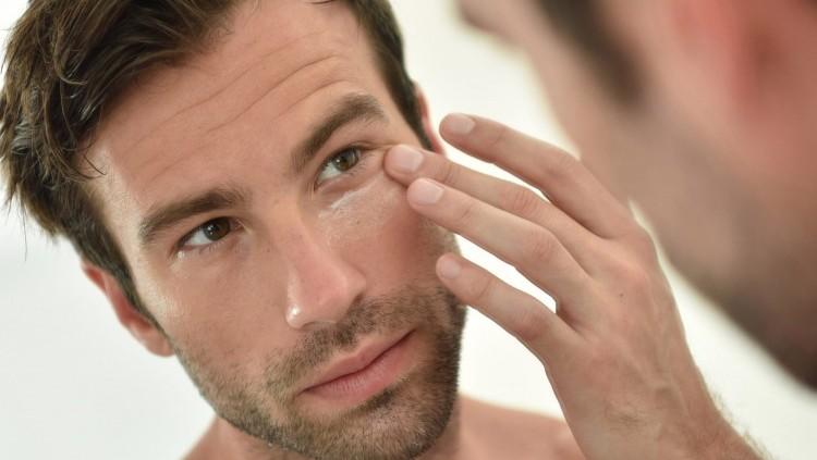 Best Eye Cream for Men Dark Circles, Puffiness & Fine Lines